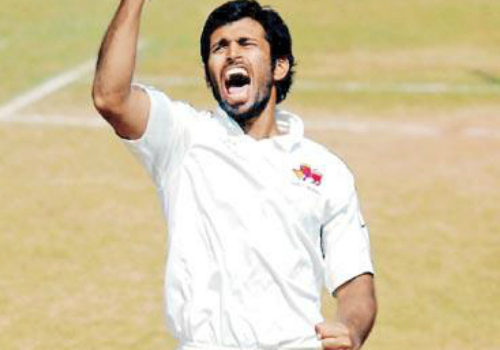 Abhishek Nayar celebrating wicket in Ranji Trophy game