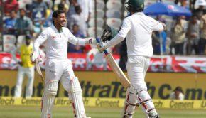 Mushfiqur_Rahim_of_Bangladesh_celebrates_his_Hundred