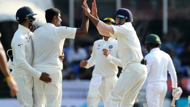 Ravichandran_Ashwin_celebrates_wicket_of_Mominul_Haque