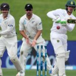 Quinton_de_Kock_frustrated_New_Zealand_with_a_defiant_90