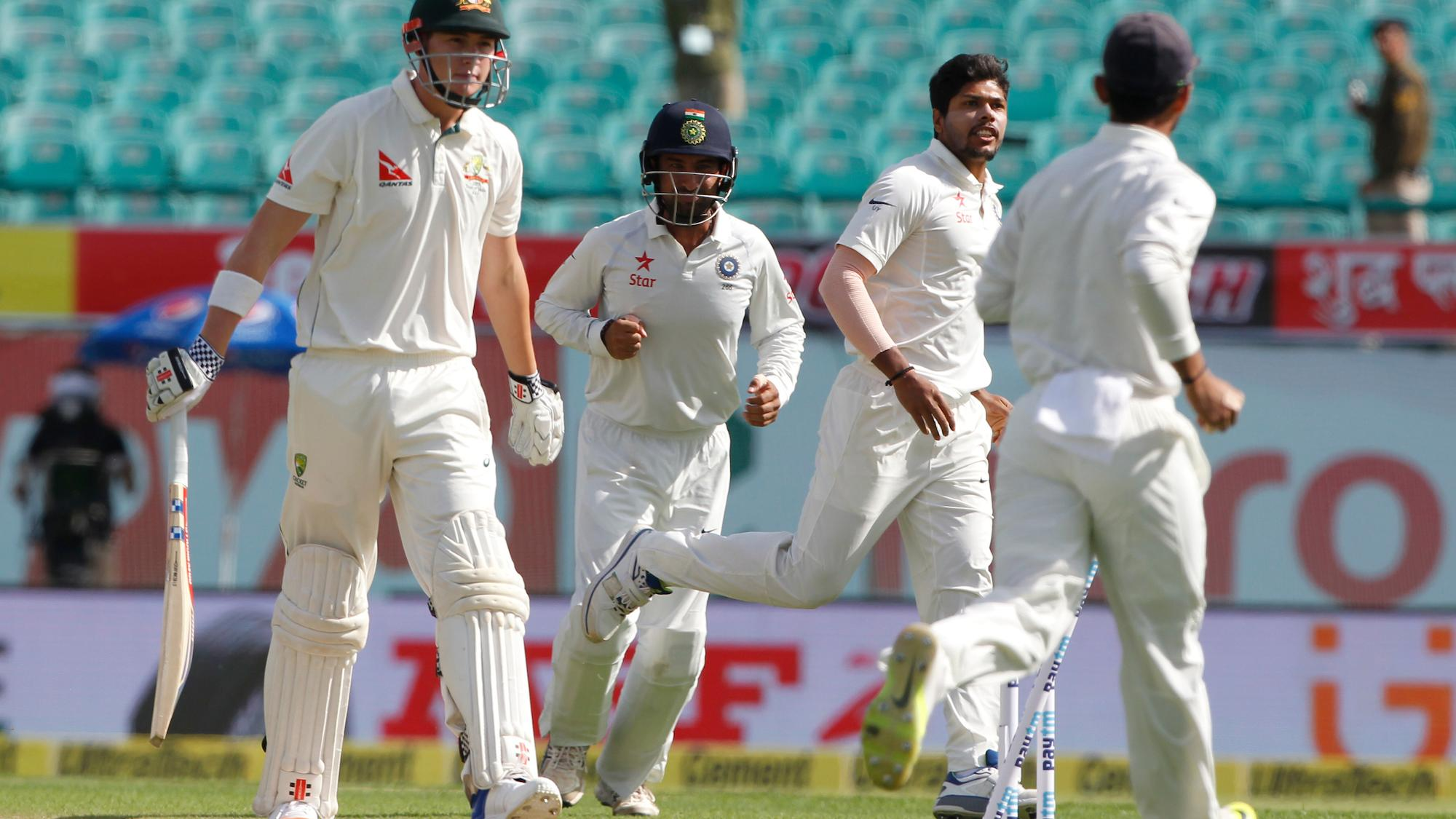 Umesh_Yadav_gets_Renshaw