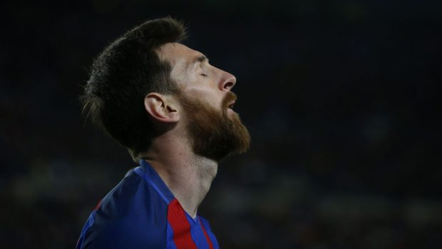 Clasico crisis - Messi faces club and country crossroads