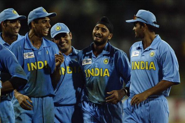 VVS Laxman, Ashish Nehra, Virender Sehwag, Harbhajan Singh and Dinesh Mongia of India