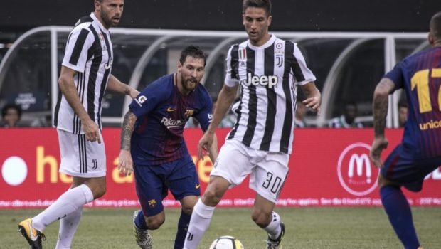 Rodrigo Bentancur earning praise from legends after fast Juve start