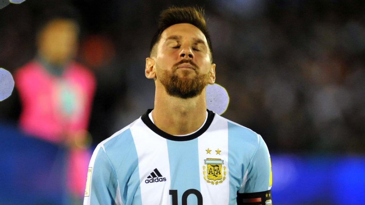 20171005-The18-Image-Argentina-vs-Peru-Lionel-Messi