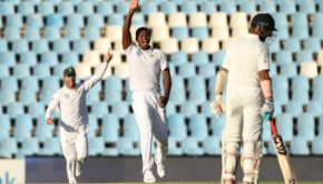 Lungi Ngidi of South Africa appeals for the wicket of Parthiv Patel