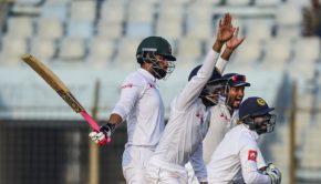 Sri Lankan wicketkeeper Niroshan Dickwella