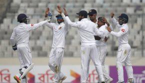 Rangana HSri Lanka's Rangana Herath celebrates with his teammateserath