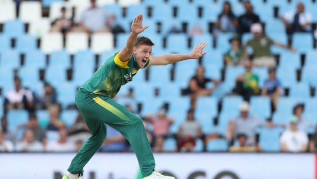 Morkel appeals for the wicket of Rohit Sharma of India