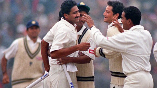 Anil-Kumble 10 wickets in Test