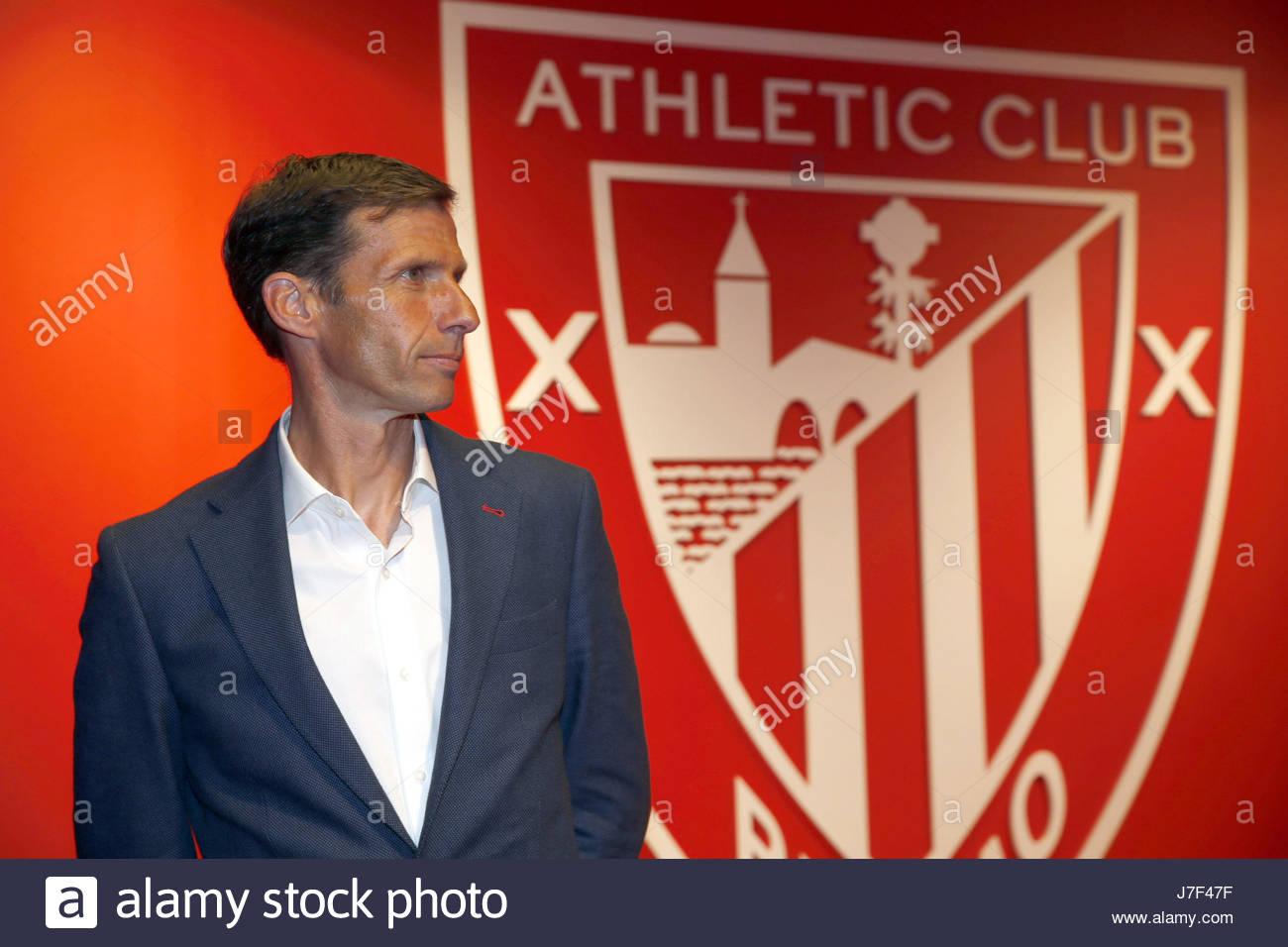 athletic-bilbaos-new-head-coach-jose-angel-aka-cuco-ziganda-poses-J7F47F