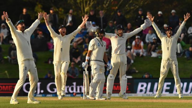Neil Wagner of New Zealand (C) looks on while James Vince, Ben Stokes, Jonny Bairstow and Dawid Malan of England