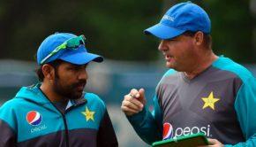 Pakistan captain Azar Ali with his coach