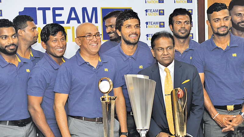 Victorious Sri Lankan Team