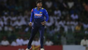 Sri Lanka's Akila Dananjaya celebrates the dismissal of South Africa's Heinrich Klaasen with Angelo Mathews