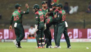 Bangladesh Nazmul Islam celebrates with his team