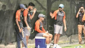 Dhoni at practice