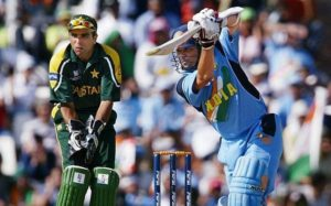 Sachin Tendulkar plays a drive against Pakistan, Group Match, Centurion, ICC World Cup 2003.