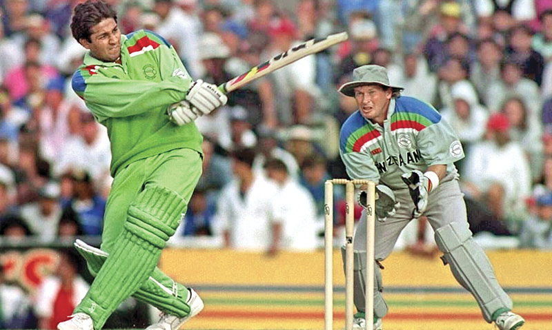 World Cup Heroes: The birth of Inzamam-ul-HULK | CricketSoccer