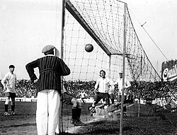 Cesareo Onzari scoring the goal directly from the corner against Uruguay. Image Courtesy: scoopnest