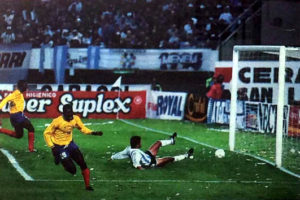 Freddy Rincon scores a goal against Argentina. Image Courtesy: Wikipedia